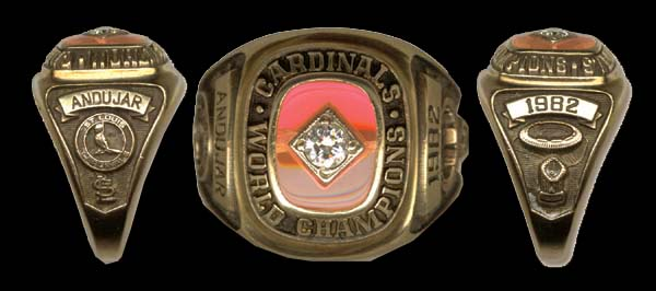 1982-World-Series-Ring